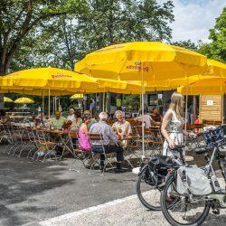 Biergarten im Sole-Aktiv-Park_Fotograf Jan Buergermeister